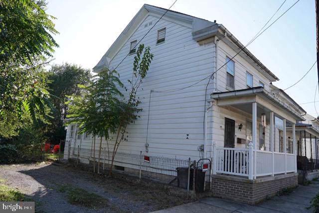 319 John Street, MARTINSBURG, WV 25401 (#WVBE173250) :: AJ Team Realty