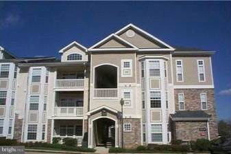 506 Sunset View Terrace SE #406, LEESBURG, VA 20175 (#VALO399788) :: Berkshire Hathaway Home Services PenFed Realty