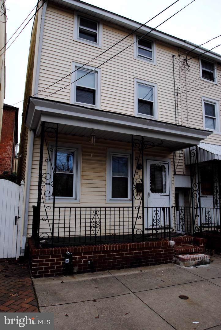 216 Saint Mary Street - Photo 1