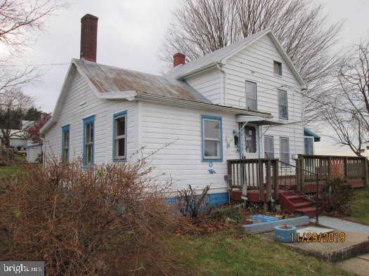 20403 Locust Grove Road, ROHRERSVILLE, MD 21779 (#MDWA169510) :: Radiant Home Group