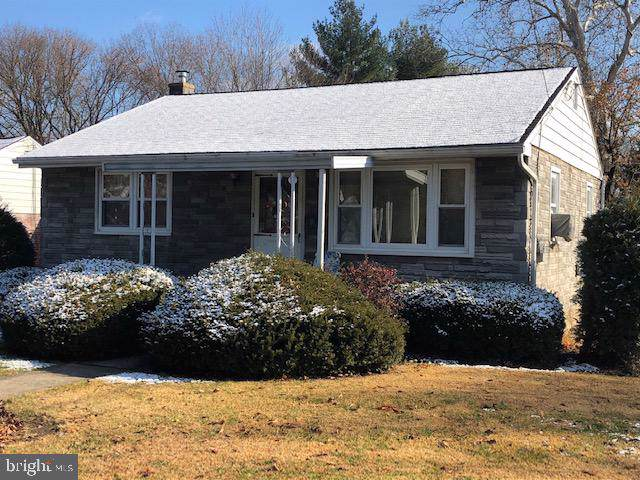 1 Glenwood Avenue, LANCASTER, PA 17602 (#PALA144664) :: The Heather Neidlinger Team With Berkshire Hathaway HomeServices Homesale Realty