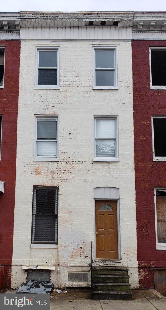 1905 W Lombard Street, BALTIMORE, MD 21223 (#MDBA494170) :: The Miller Team