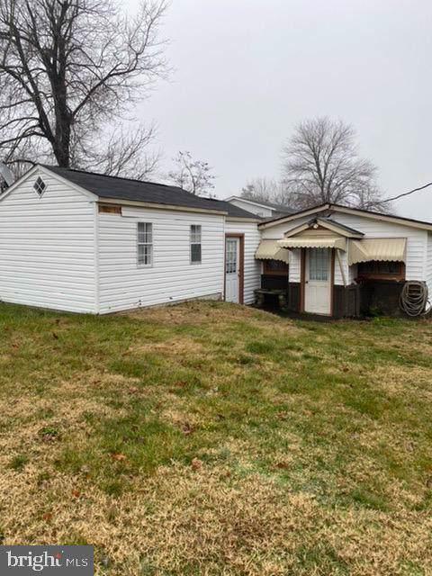 3979 Cameron Street, DUMFRIES, VA 22026 (#VAPW484504) :: The Licata Group/Keller Williams Realty