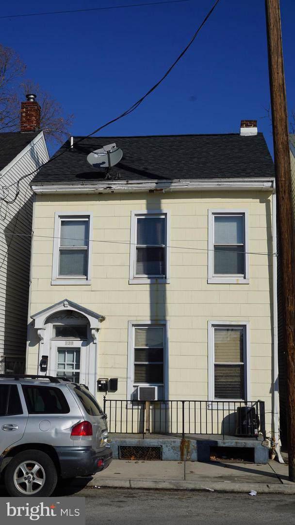 239 Roosevelt Avenue, YORK, PA 17401 (#PAYK131180) :: The Joy Daniels Real Estate Group