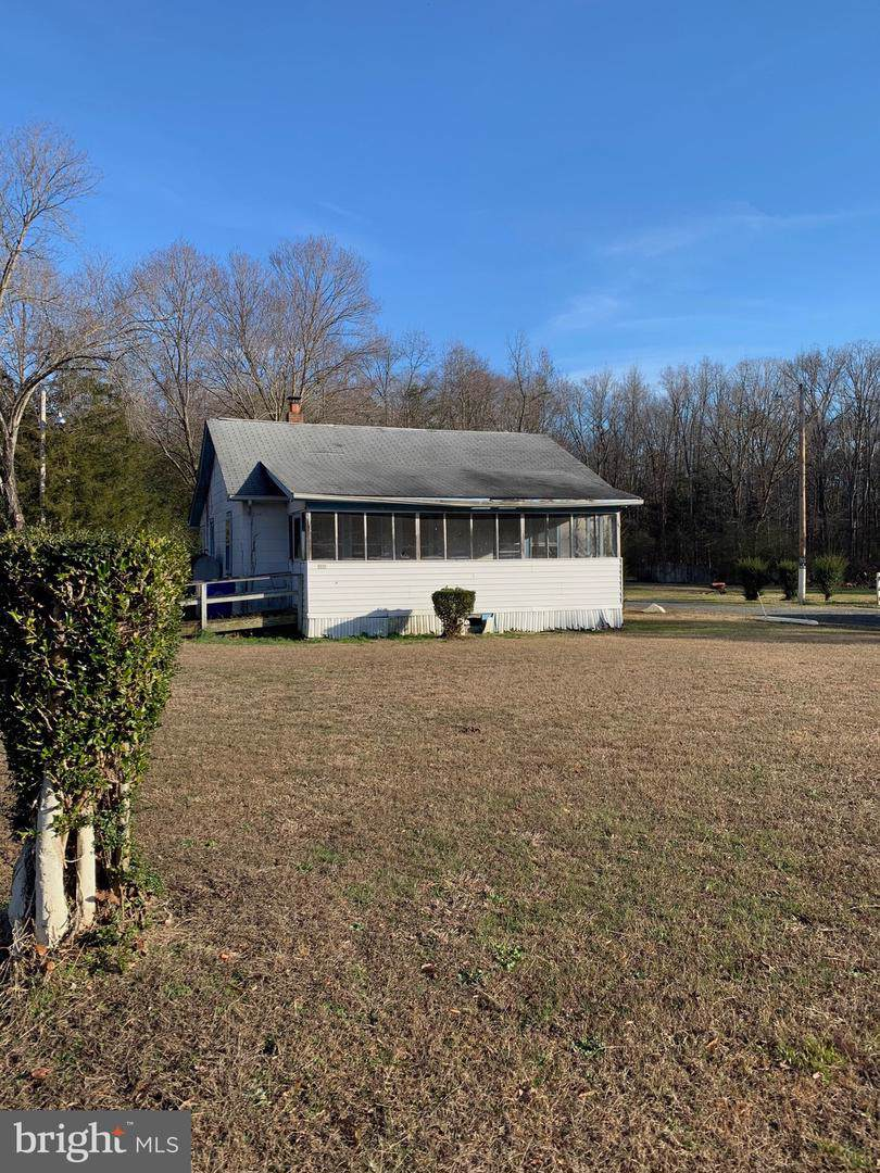 8010 Annapolis Woods Road - Photo 1