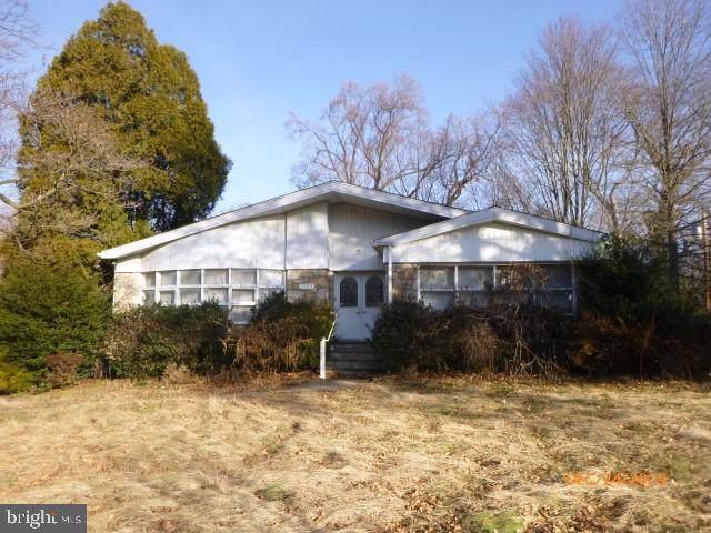7985 Oak Hill Drive, CHELTENHAM, PA 19012 (#PAMC635172) :: The Dailey Group