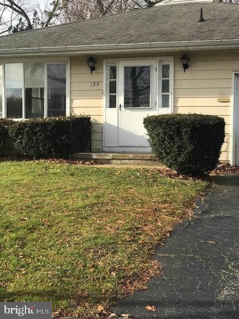 123 Columbine Circle, TOMS RIVER, NJ 08755 (#NJOC394372) :: Jim Bass Group of Real Estate Teams, LLC