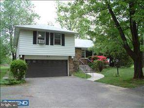 1300 Welsh Road, NORTH WALES, PA 19454 (#PAMC635870) :: ExecuHome Realty