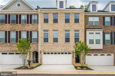 7947 Turtle Creek Circle #24, GAINESVILLE, VA 20155 (#VAPW485772) :: The Putnam Group