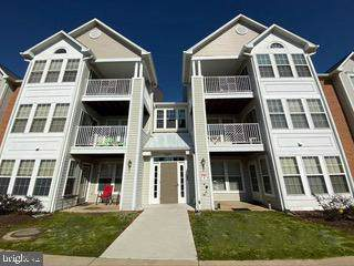 2442 Blue Spring Court #304, ODENTON, MD 21113 (#MDAA423292) :: Lucido Agency of Keller Williams