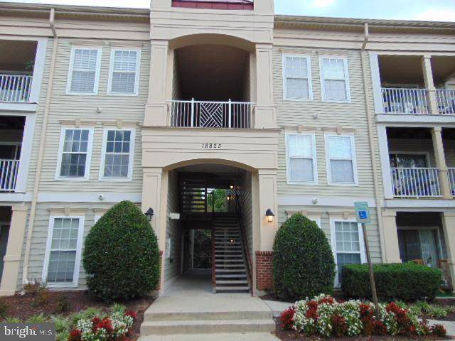 18825 Sparkling Water 1-F, GERMANTOWN, MD 20874 (#MDMC692980) :: Dart Homes