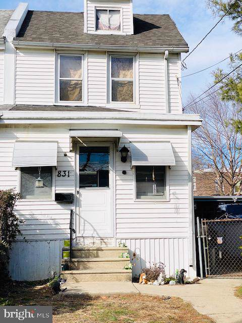 831 Broad Street, COLLINGDALE, PA 19023 (#PADE507596) :: The Toll Group