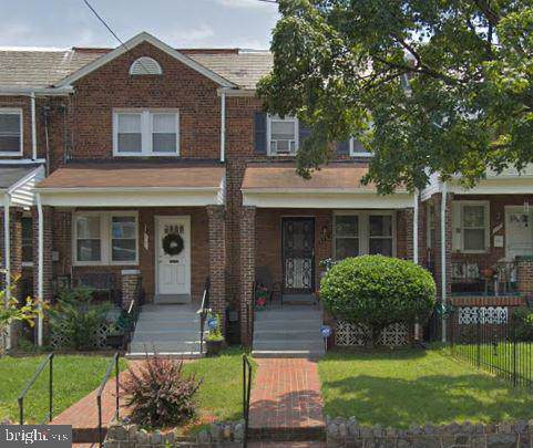 119 36TH Street NE, WASHINGTON, DC 20019 (#DCDC455828) :: Corner House Realty