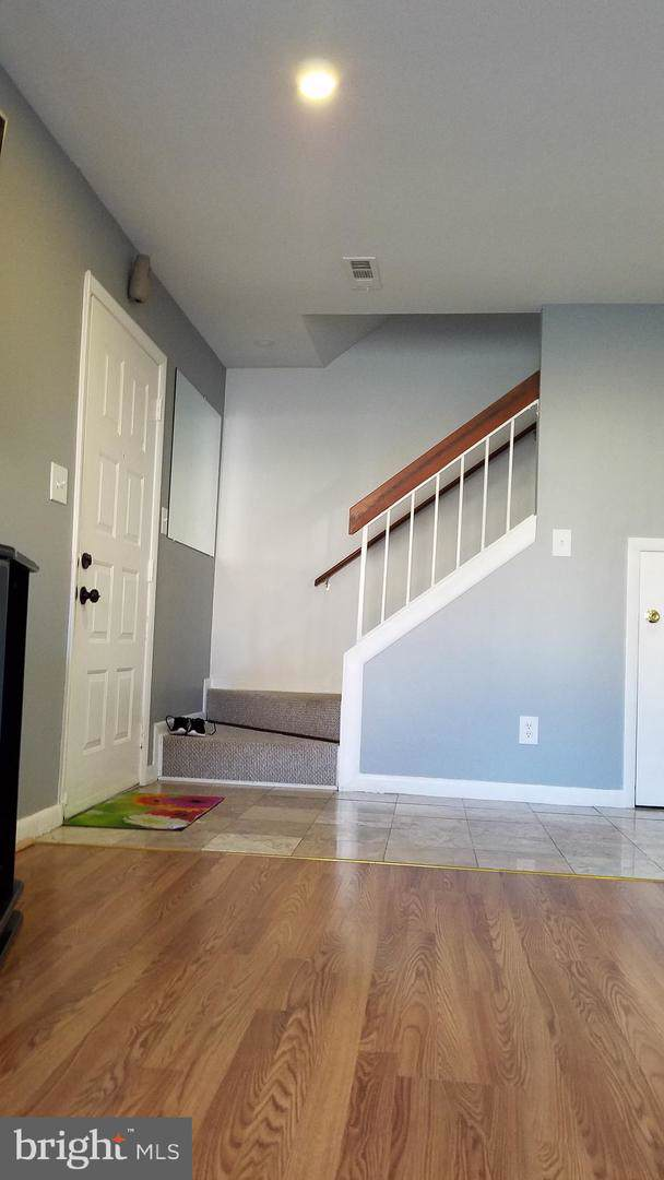 9016 Sandalwood Drive D, MANASSAS, VA 20110 (#VAMN138844) :: SURE Sales Group