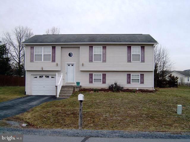 425 Thoreau, INWOOD, WV 25428 (#WVBE174332) :: Homes to Heart Group