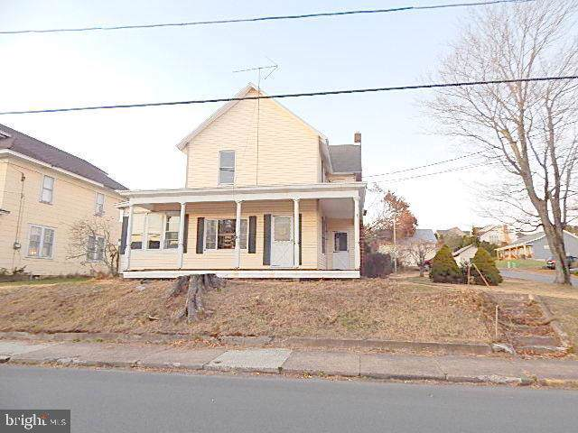 395 W Main Street, RINGTOWN, PA 17967 (#PASK129538) :: Better Homes and Gardens Real Estate Capital Area