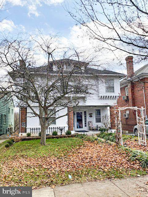 616 S Queen Street, MARTINSBURG, WV 25401 (#WVBE174420) :: Radiant Home Group