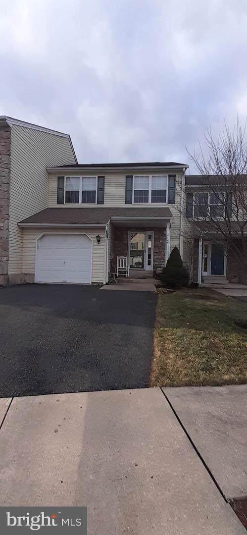 2124 Mill Valley Lane, QUAKERTOWN, PA 18951 (#PABU488504) :: Keller Williams Real Estate
