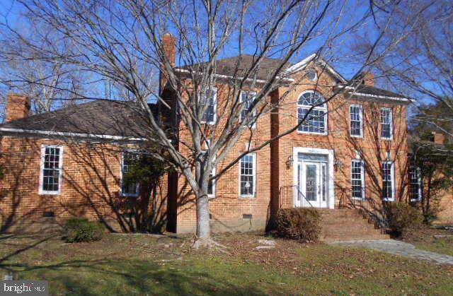 15298 Windy River Farm Lane, BEAVERDAM, VA 23015 (#VAHA100888) :: Bruce & Tanya and Associates
