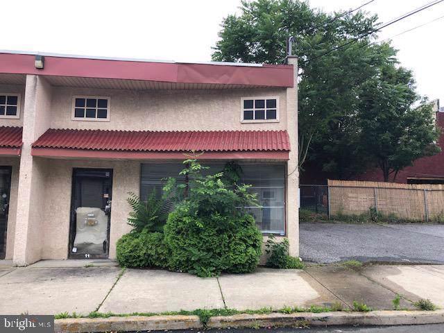 11 Hopkins Street - Photo 1