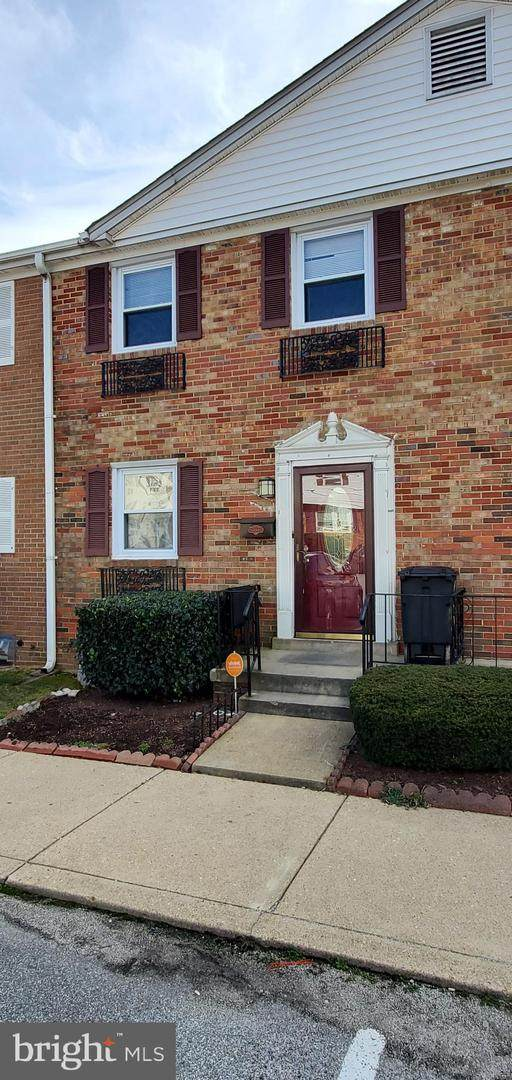 5183 Clacton Avenue #42, SUITLAND, MD 20746 (#MDPG558372) :: The Bob & Ronna Group
