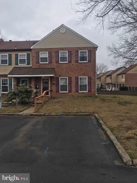 208 Farleigh Court, LANGHORNE, PA 19047 (#PABU489182) :: Jim Bass Group of Real Estate Teams, LLC