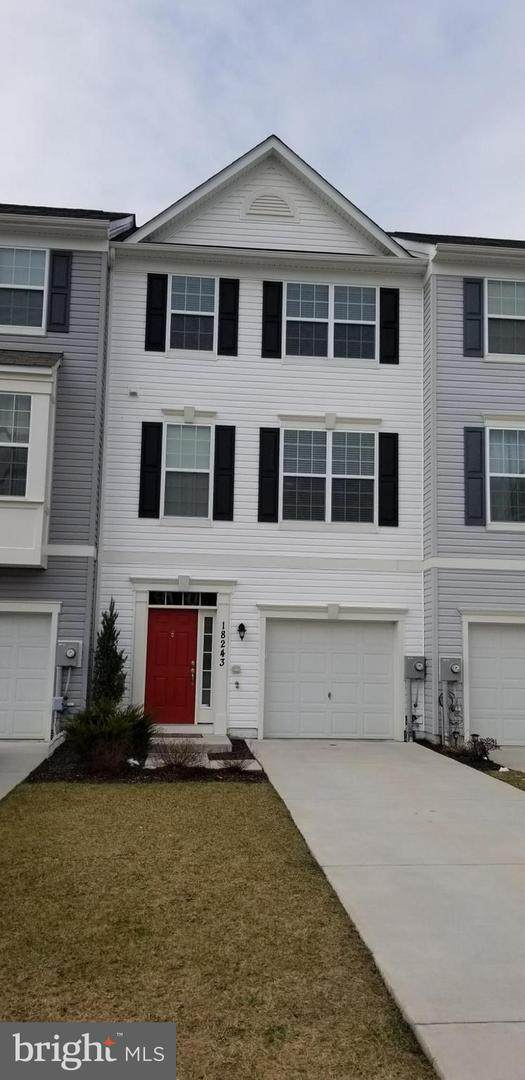 18243 Hurricane Court, HAGERSTOWN, MD 21740 (#MDWA170500) :: The Vashist Group