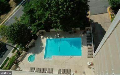 5911 Edsall Road #1010, ALEXANDRIA, VA 22304 (#VAAX243514) :: Speicher Group of Long & Foster Real Estate