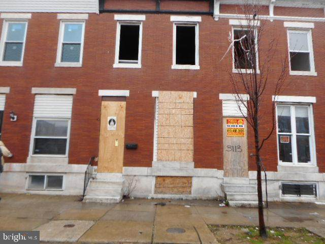 3115 E Monument Street, BALTIMORE, MD 21205 (#MDBA500300) :: The Vashist Group