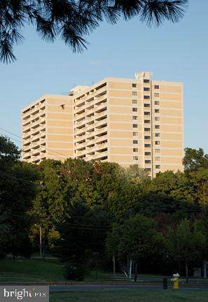 6101 Edsall Road #608, ALEXANDRIA, VA 22304 (#VAAX243606) :: Speicher Group of Long & Foster Real Estate