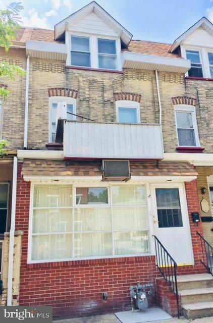 1018 W Airy Street, NORRISTOWN, PA 19401 (#PAMC639218) :: John Smith Real Estate Group