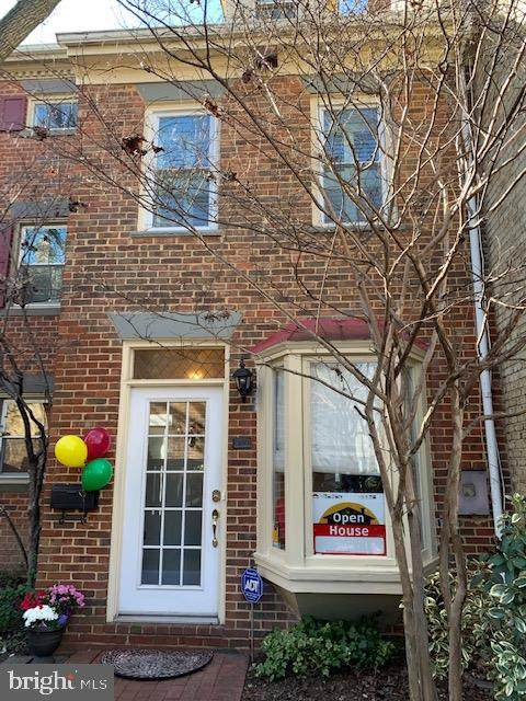 909 Oronoco Street, ALEXANDRIA, VA 22314 (#VAAX243846) :: Coleman & Associates