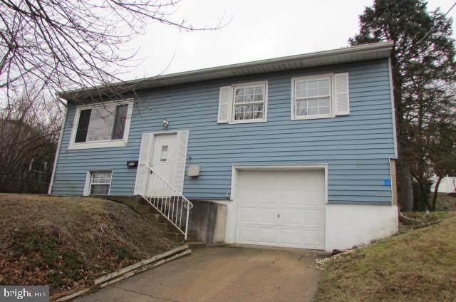 915 Lakewood Drive, HARRISBURG, PA 17109 (#PADA119524) :: LoCoMusings