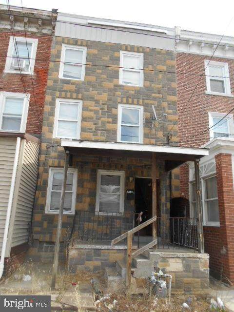 205 S 5TH Street, DARBY, PA 19023 (#PADE509990) :: Pearson Smith Realty