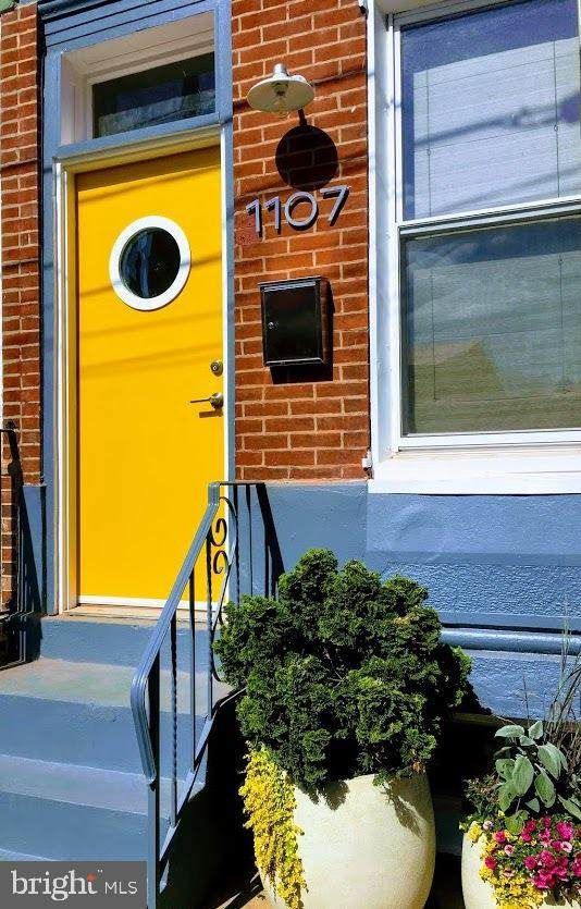 1107 Brandywine Street, PHILADELPHIA, PA 19123 (#PAPH875650) :: Linda Dale Real Estate Experts