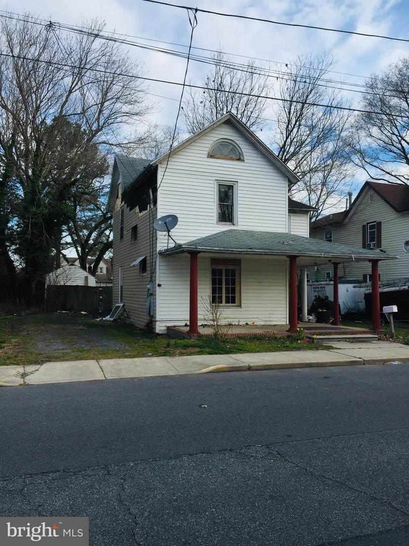 709 Grove Street - Photo 1