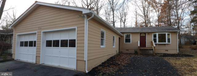 1122 Lakeview Parkway, LOCUST GROVE, VA 22508 (#VAOR136024) :: The Sky Group