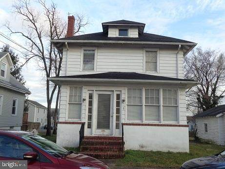 6 Russell Avenue - Photo 1