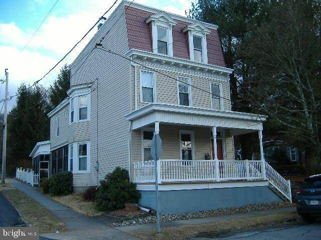 1901 W Norwegian Street, POTTSVILLE, PA 17901 (#PASK129940) :: The Joy Daniels Real Estate Group