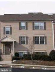 12018 Golf Ridge Court #302, FAIRFAX, VA 22033 (#VAFX1115458) :: Bic DeCaro & Associates