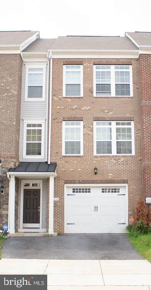 3553 Pipestone Place, WALDORF, MD 20601 (#MDCH212162) :: Pearson Smith Realty