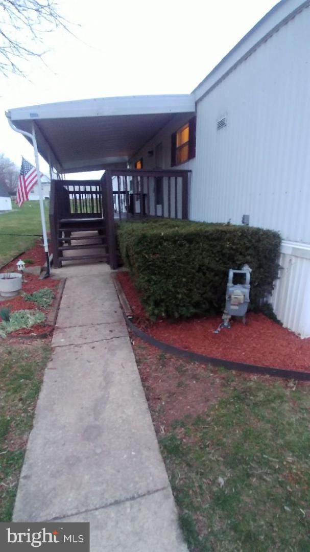 5695 Regal Avenue, DOVER, PA 17315 (#PAYK135354) :: The Joy Daniels Real Estate Group