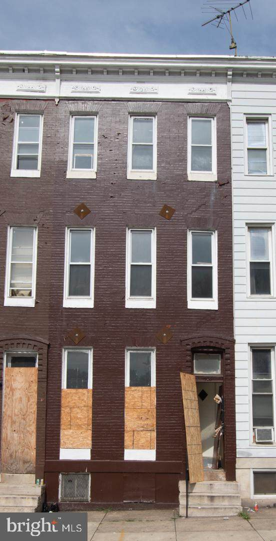 1704 N Fulton Avenue, BALTIMORE, MD 21217 (#MDBA504370) :: Bic DeCaro & Associates