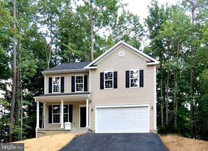 6433 Wheeler Drive, KING GEORGE, VA 22485 (#VAKG119238) :: Talbot Greenya Group
