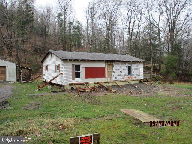 356 Dever Hollow, MILLERSTOWN, PA 17062 (#PAPY101988) :: TeamPete Realty Services, Inc