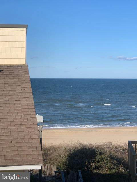 3182 East Ocean View #15, NORFOLK, VA 23518 (#VANF100038) :: The Riffle Group of Keller Williams Select Realtors