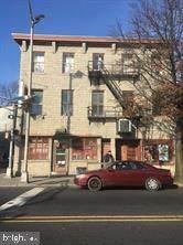 202 Perry Street - Photo 1