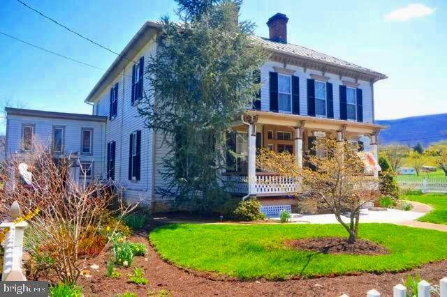 5986 Gooney Manor Loop, BENTONVILLE, VA 22610 (#VAWR139890) :: Cristina Dougherty & Associates
