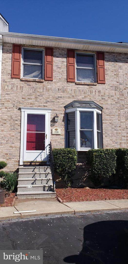 228 Bell Ringer Court, NEWARK, DE 19702 (#DENC499200) :: Larson Fine Properties