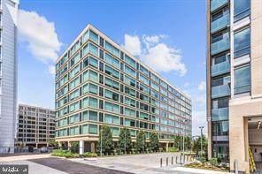 1101 3RD Street SW #107, WASHINGTON, DC 20024 (#DCDC464550) :: Arlington Realty, Inc.